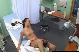 Orally pleasured babe fucked by doctors cock