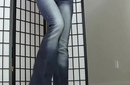 These tight jeans are some real pussy huggers JOI