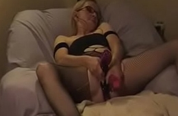 5009040 whore tied and gushes