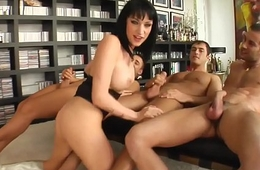 Cum For Cover presents - Wendy in gonzo blowgang bukkake scene