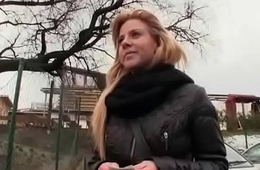Public Blowjob With Sexy Slut With an increment of American Tourist 10