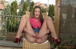 Cute Czech babe dildo fucks herself