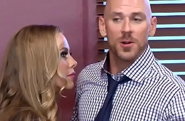 Brazzers - Big Tits within reach Work - (Nicole Aniston), (Johnny Sins) - Union Nutbuster