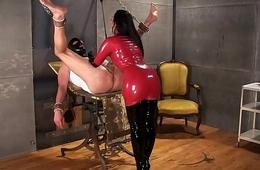 femdom rubber bondage@fetish-zona.com